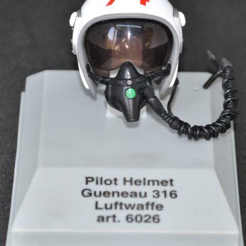 Luftwaffe pilot helmet